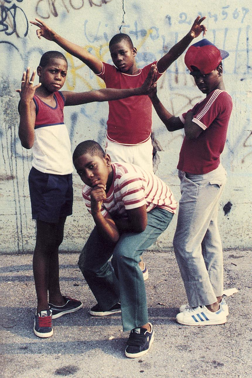 jamel-shabazz-back-in-the-day-old-street-photographs-four-boys-posing